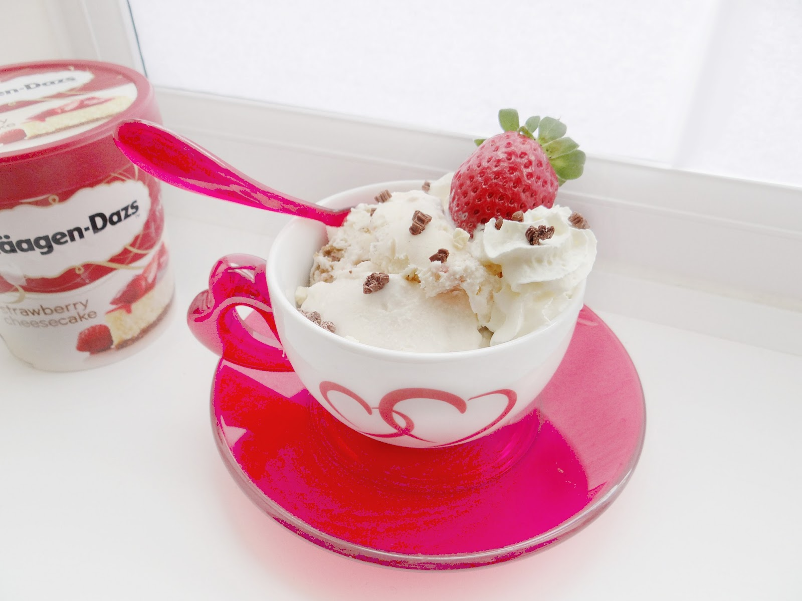 Haagen-Dazs Ice-cream, Strawberry Cheesecake, Valentine's Day