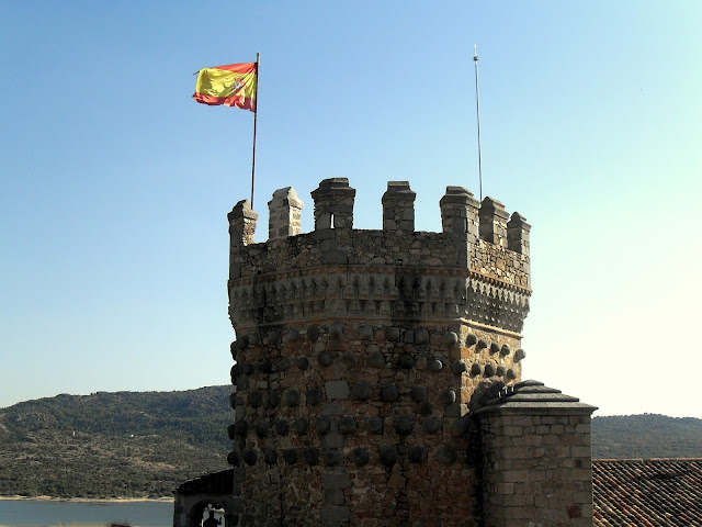 torre del castillo de manzanares el real