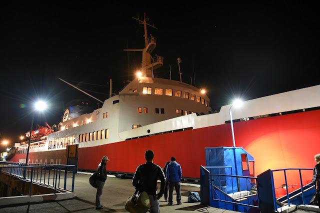 ワニノ ホルムスク 船 サハリン Сахалин-8