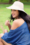 priyashri new glam pics-thumbnail-2