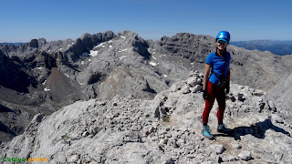 En la cima del Tiro del Oso en los Picos de Europa