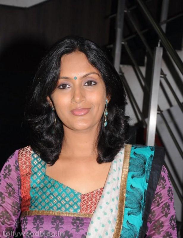 Devadarshini: Devadarshini Kanchana Actress New Photo Stills