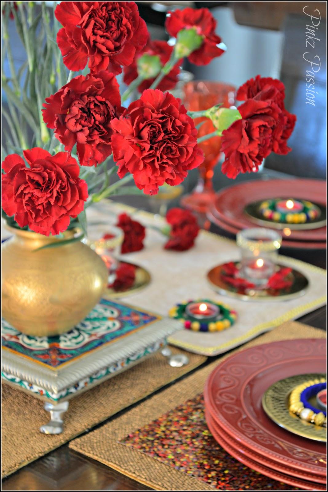 Pinkz passion a dash of glam on your table diwali for Table passion