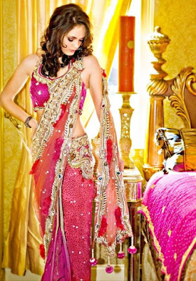 Glowing saree with no sleeves. Simply awesome.