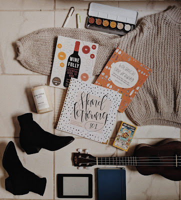 holiday gift guide 2018 flatlay