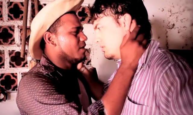 Amor secreto, 2
