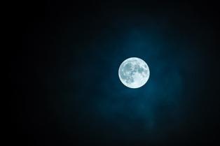 foto belle dell luna piena