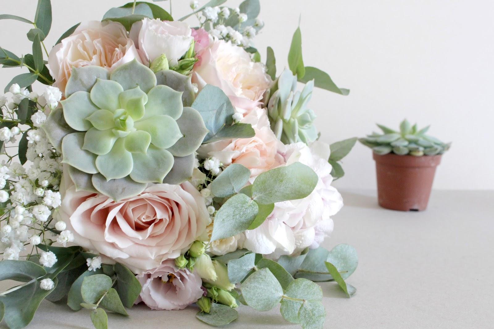 la petite boutique de fleurs une plante grasse dans votre bouquet de mari e a vous tente. Black Bedroom Furniture Sets. Home Design Ideas