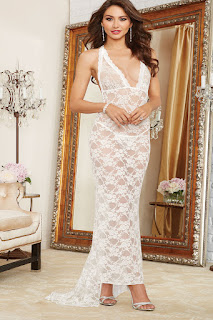 dreamgirl-pearl-white-lace-gown-with-train-10131
