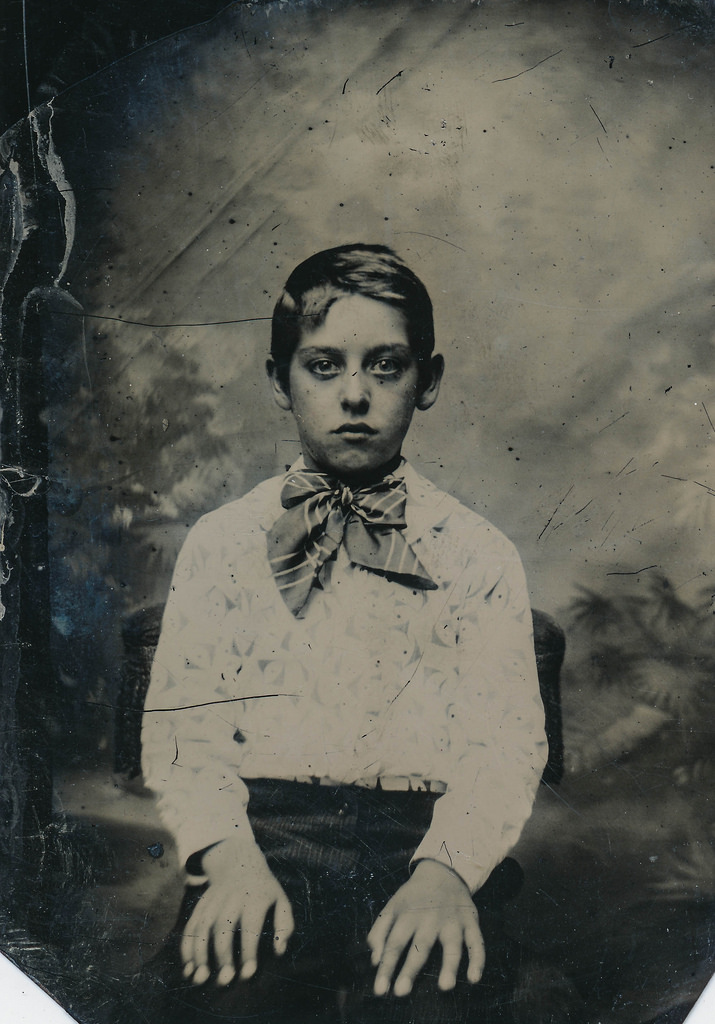 These Creepy Vintage Photographs Early
