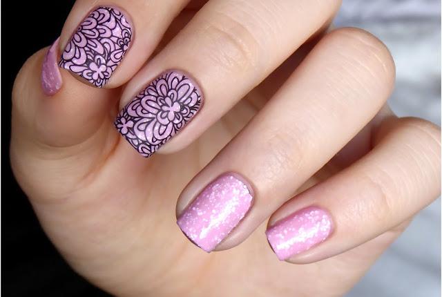 Kwiaty na glitterze