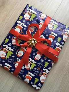 papier do prezentów