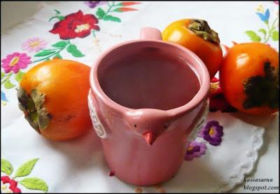przepis-na-rozgrzewajaca-zimowa-herbate-kaki-persymona