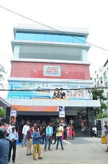Actress Samantha inaugurates Vcare Super Speciality Clinic @ Banjara Hills