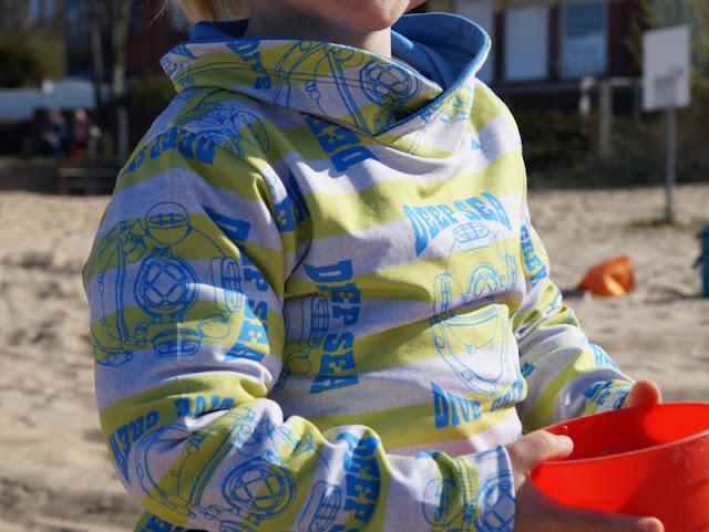 Maritime Lieblingsstücke: Kindermode von piapaul (mit Rabattcode und Verlosung) Kinder  Jungen Jungs Shirt Sweatshirt Langarm Taucher Deep Sea blau gelb grau Jersey Kragen