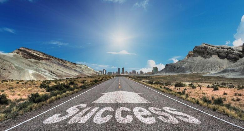 5 Indicators of Success in Someone's Career Journey