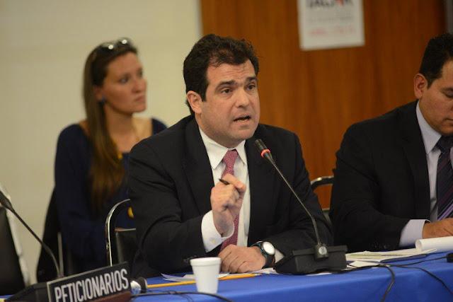 Gobierno sólo liberó 16% de los presos políticos, denuncia Alfredo Romero