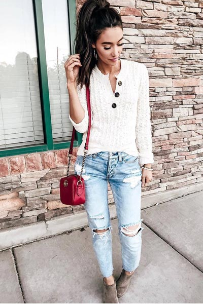 25+ Chilly Fall Outfits That Are Chic and Easy | Henley Top + Ripped Jeans + Gucci Shoulder Bag