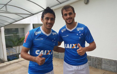c0e770233 Robinho e Lucas  do Verdão para a Toca (Créditos  Site Oficial do  Cruzeiro Divulgação)