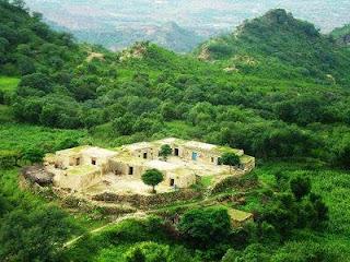 Soon sakesar khushab Hills