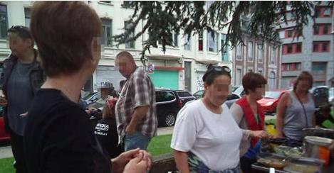 Liège: verbalisées par la police parce qu'elles offraient des repas aux SDF