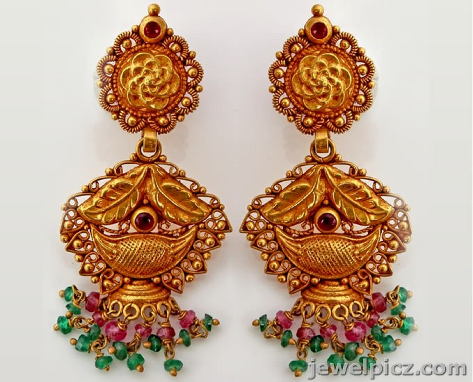 Dynamic Views: Beautiful Traditional South Indian Gold Jhumka ...