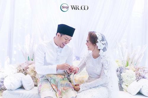 gambar Jep Sepahtu & Sari Yanti nikah, gambar pernikahan Jep Sepahtu & Sari Yanti, gambar kahwin Jep Sepahtu & Sari Yanti, perkahwinan Sari Yanti isteri Jep Sepahtu