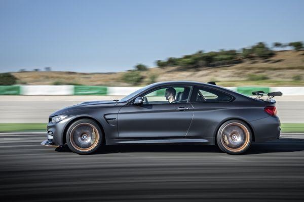 P90199432 lowRes bmw m4 gts 10 2015 H BMW κερδίζει βραβεία οδηγικής απόλαυσης BMW, BMW 3.0 CSL Homage, MW M4 GTS