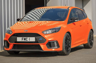 Ford Focus RS Heritage Edition (2018) Front Side