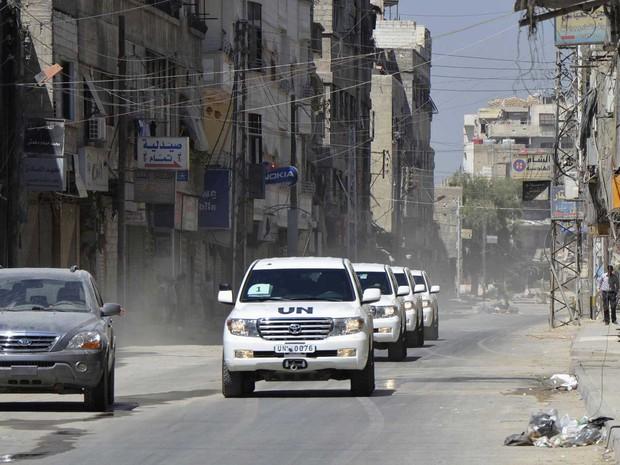 Ataques aéreos retomam na Síria horas depois que a ONU aprovou o cessar-fogo.