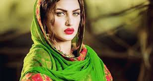 Himanshi Khurana Family Husband Son Daughter Father Mother Age Height Biography Profile Wedding Photos