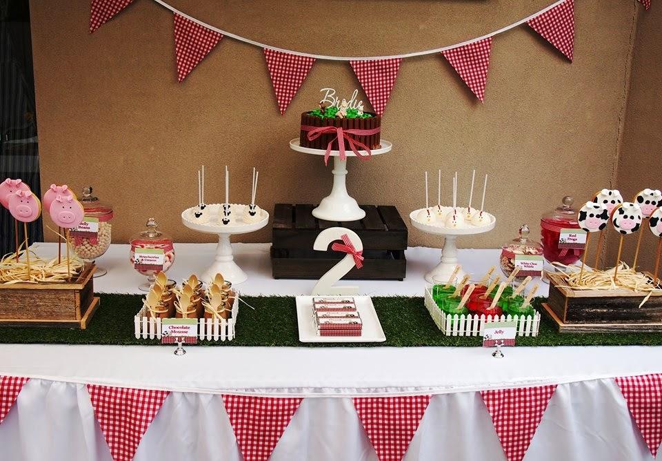 95 Barnyard 2nd Birthday Invitations