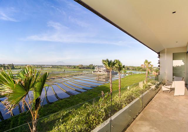 ONE BEDROOM RICE FIELD VIEW APARTMENT -- JUST WALKING TO THE BEACH
