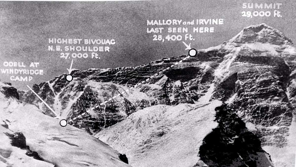 Resultado de imagen para everest C-6 Mallory Irvine camp