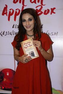 Sonakshi Sinha Karan Johar at Aishwarya Rajinikanth Standing on an Apple Box Book Launch Event  0037.jpg