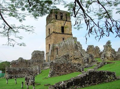 Torre catedral Panamá Viejo, Panamá, round the world, La vuelta al mundo de Asun y Ricardo, mundoporlibre.com
