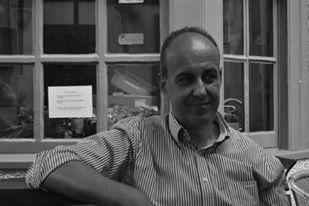 Διάλεξη του Γιώργου Στείρη στον ΔΑΝΑΟ με θέμα: «Η σύγχρονη δημοκρατία και τα δεινά της: λαϊκισμός, μεσσιανισμός, ελιτισμός»