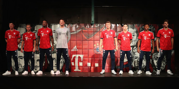 12ee4f070d0 Bayern 18-19 Home Kit Buy now. Free worldwide delivery on all orders