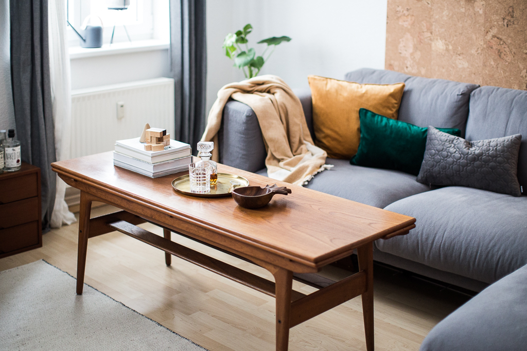 doitbutdoitnow mobile wand aus kork aka der weihnachtsbaum. Black Bedroom Furniture Sets. Home Design Ideas