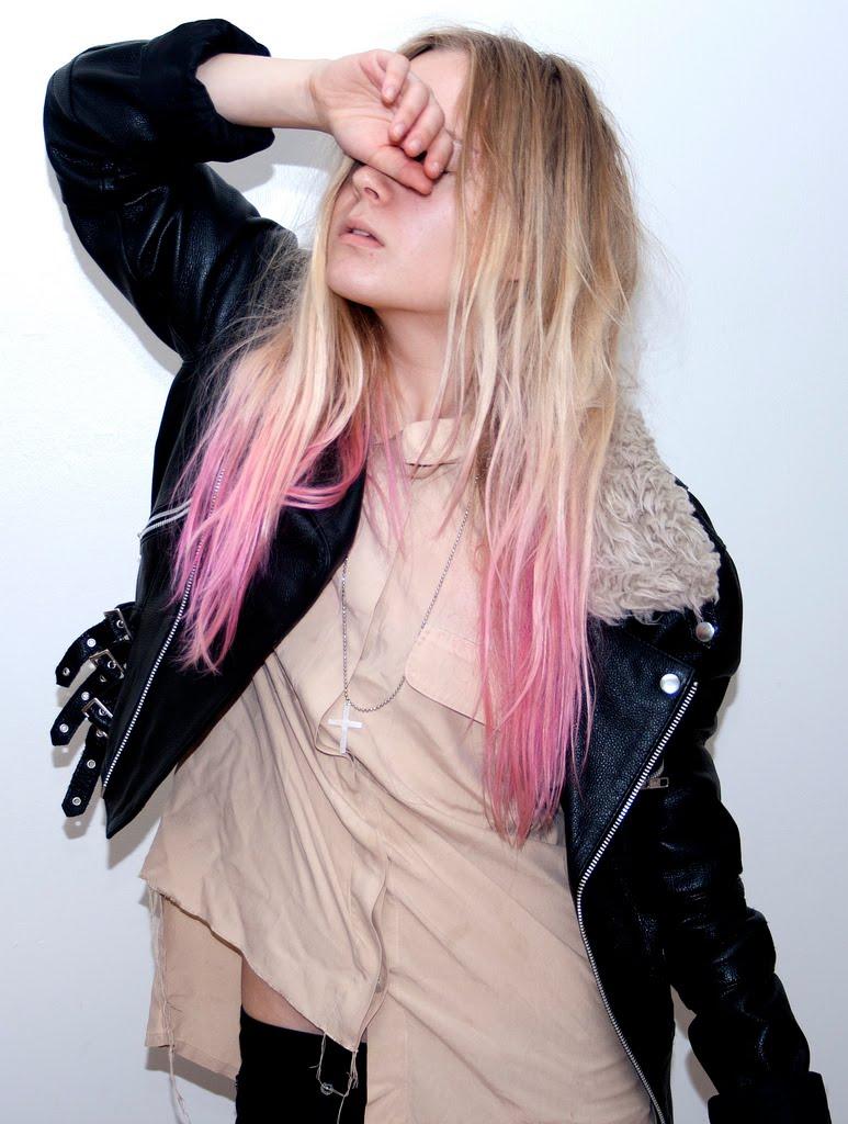 étant moi: Obsession {Bright Hair}