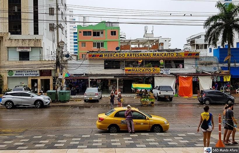 Lojas de souvenirs na rua San Martir, em Bocagrande - Diário de bordo: 4 dias em Cartagena, Colômbia