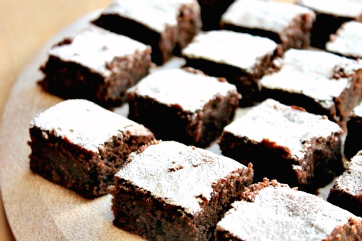 Chocolate Chestnut Squares