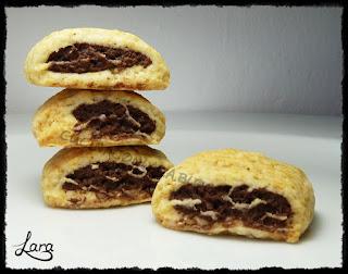 http://cucinaconlara.blogspot.it/2017/11/biscotti-nascondini-senza-uova-e-senza.html