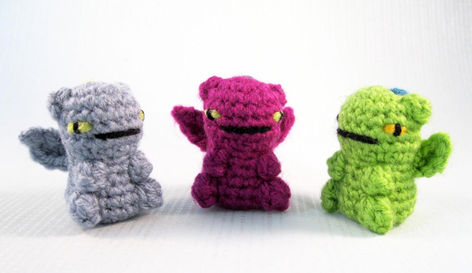 Amigurumi Dragon Egg : LucyRavenscar - Crochet Creatures: Mini Pets in Eggs ...