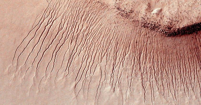 Aprovechar el agua en Marte sería más complicado de lo que se pensaba