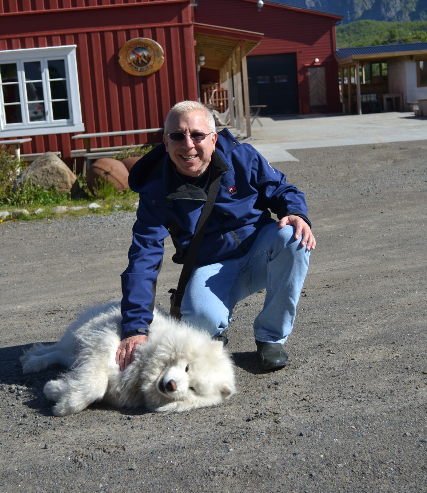 Nanook enjoys a gentle rub as we bid farewell to Kalle I Lofoten.