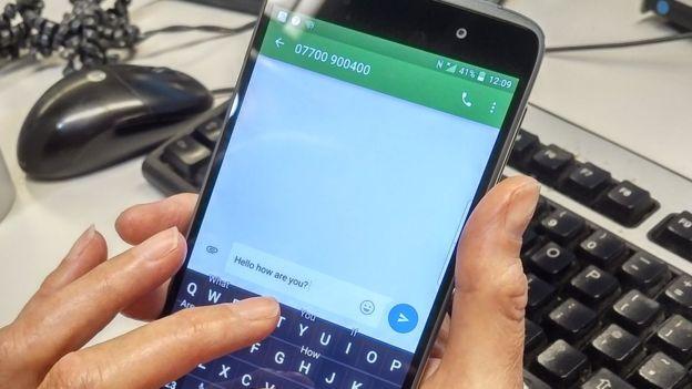 Lanza BlackBerry el DTEK 50 con Android y pantalla táctil