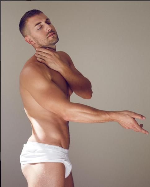 Fotógrafo Mitchmajor, Modelo Andrew Pasquale Crum. Instagram: @andy_crum