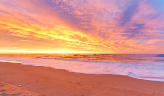 Gambar Matahari Terbit dan Tenggelam Menakjubkan