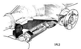 repair-manuals: Cricket 1971-72 Drive Axles Repair Manual